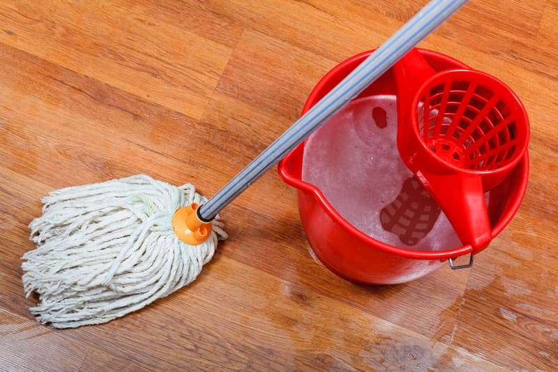 Mopping Mistakes - All Kleen Carpet Cleaning