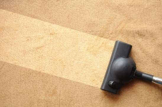 How to Remove a Vacuum Burn From a Carpet