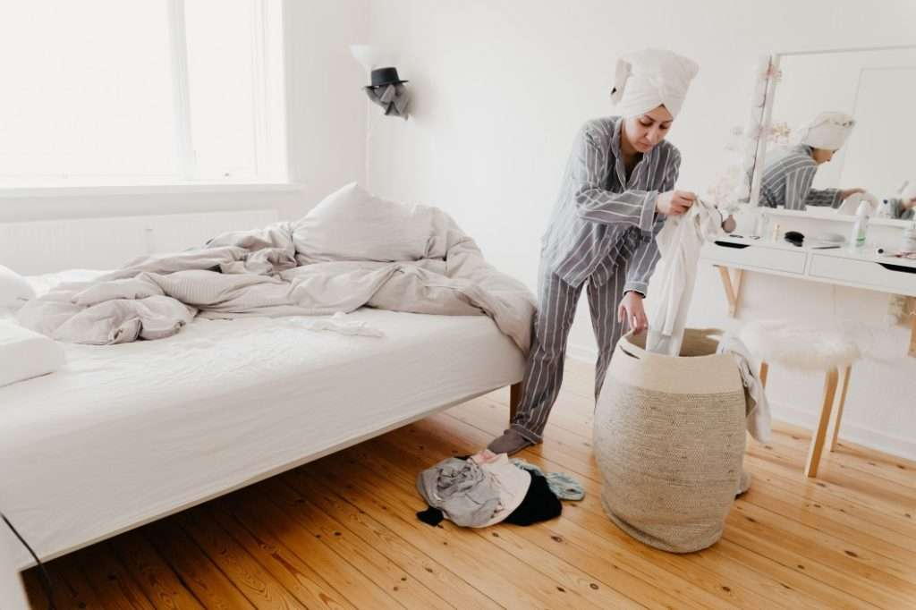 How to Keep a Tidy  Home While Working in it