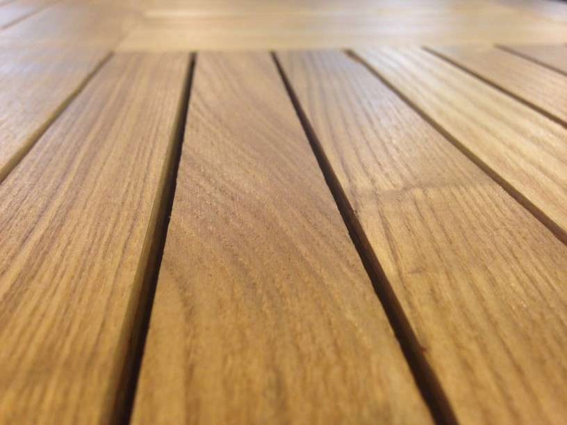 Cleaning the Grooves in Your Wood Floors